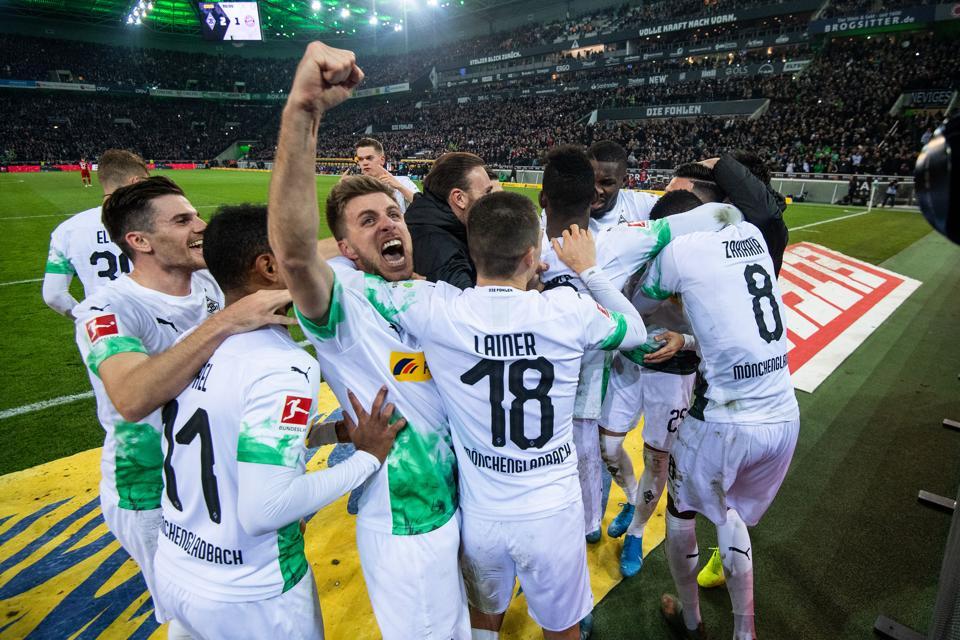 Borussia Mönchengladbach Underline Title Ambitions With 2-1 Win ...