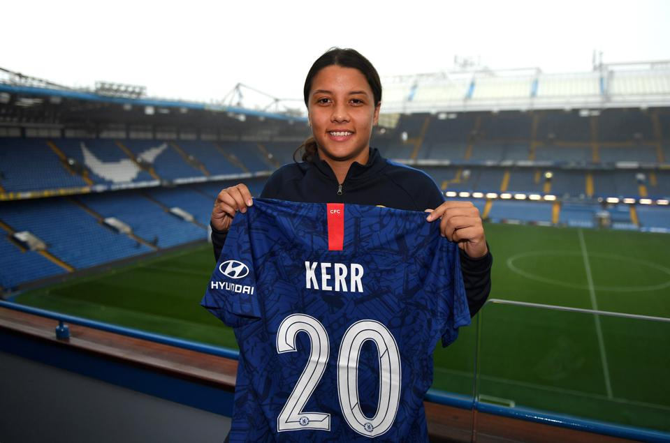 Chelsea Women Unveil New Signing Sam Kerr