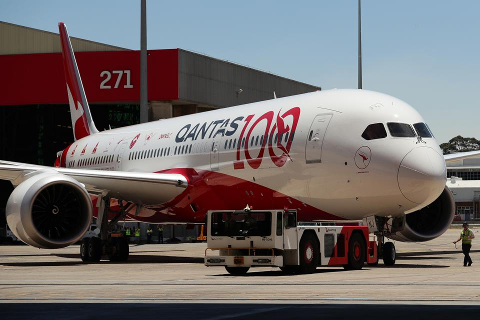 Qantas Celebrates Arrival Of London To Sydney Direct Fight And Centenary
