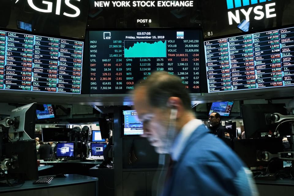 Dow Jones Industrial Average Closes At New High, Crossing Over 28,000