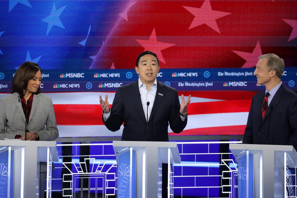 Why Andrew Yang's Democratic Debate Closing Statement Was A Mic Drop Performance