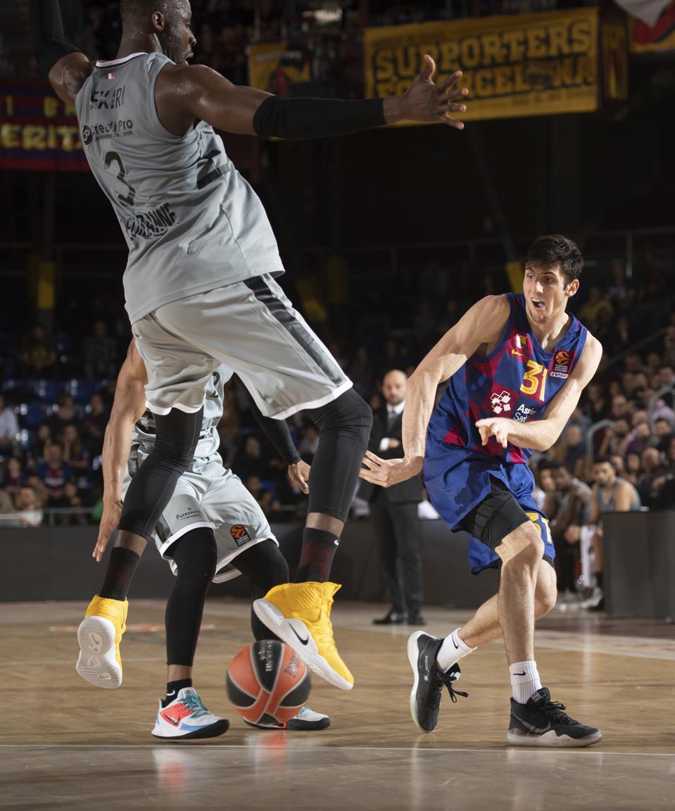 FC Barcelona v LDLC Asvel Villeurbane - Turkish Airlines EuroLeague
