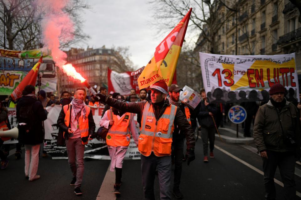 FRANCE-SOCIAL-STRIKE-PENSION-DEMO