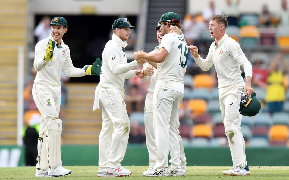 Australia v Pakistan - 1st Test: Day 4