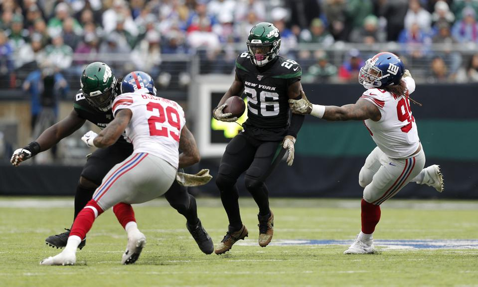 The New York Jets' Le'Veon Bell Dilemma Gets Even Thornier