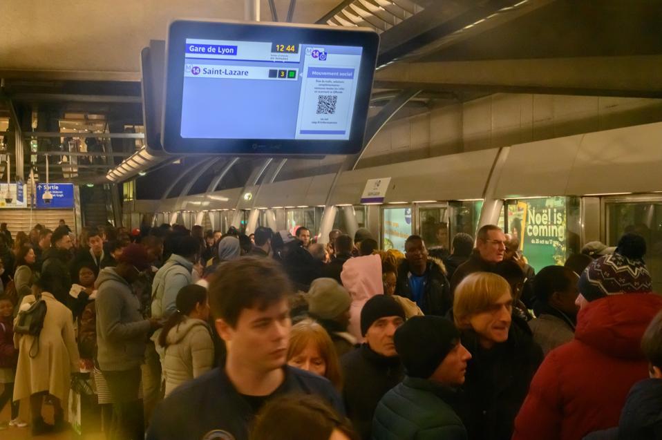 Crowded Metro Paris during strikes