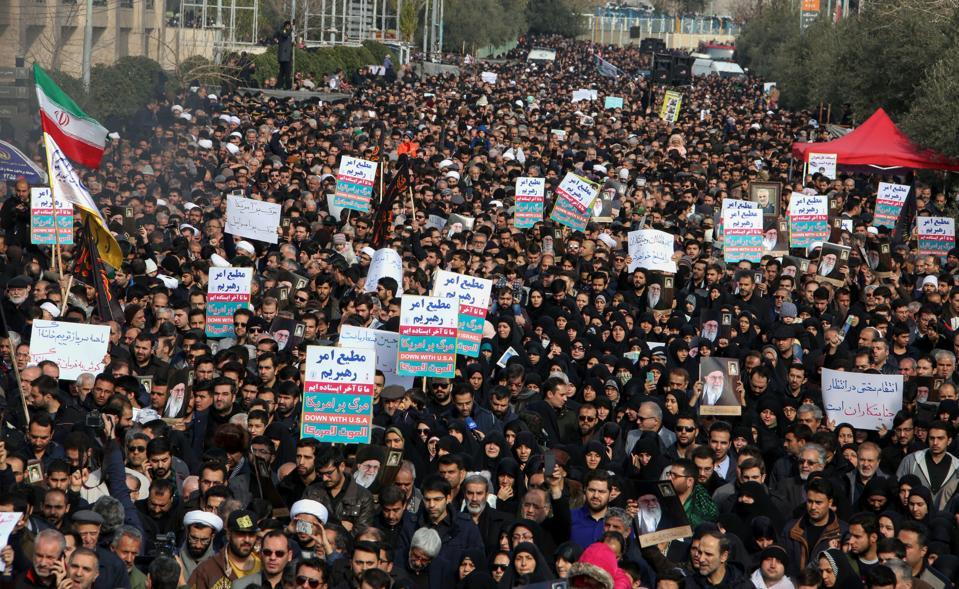 TOPSHOT-IRAN-IRAQ-POLITICS-UNREST-US
