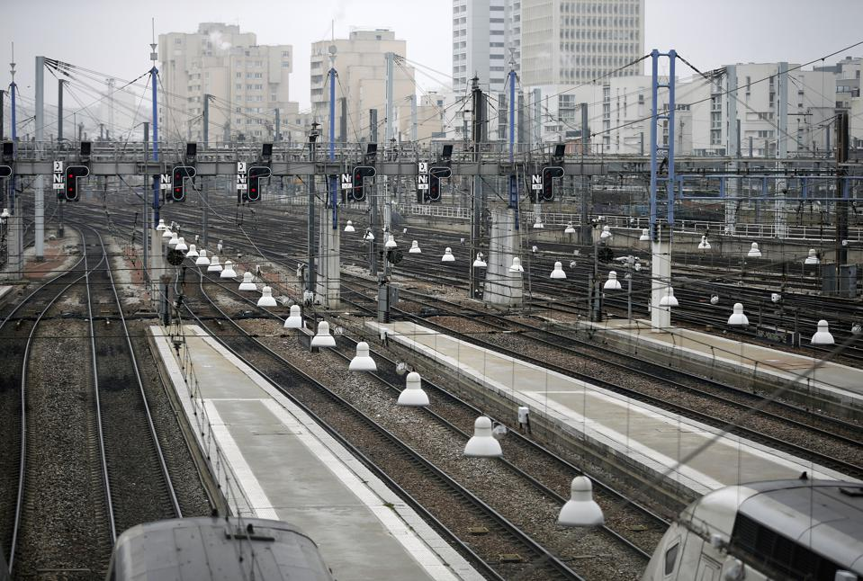 National Strike Shuts Down France's Transport Network