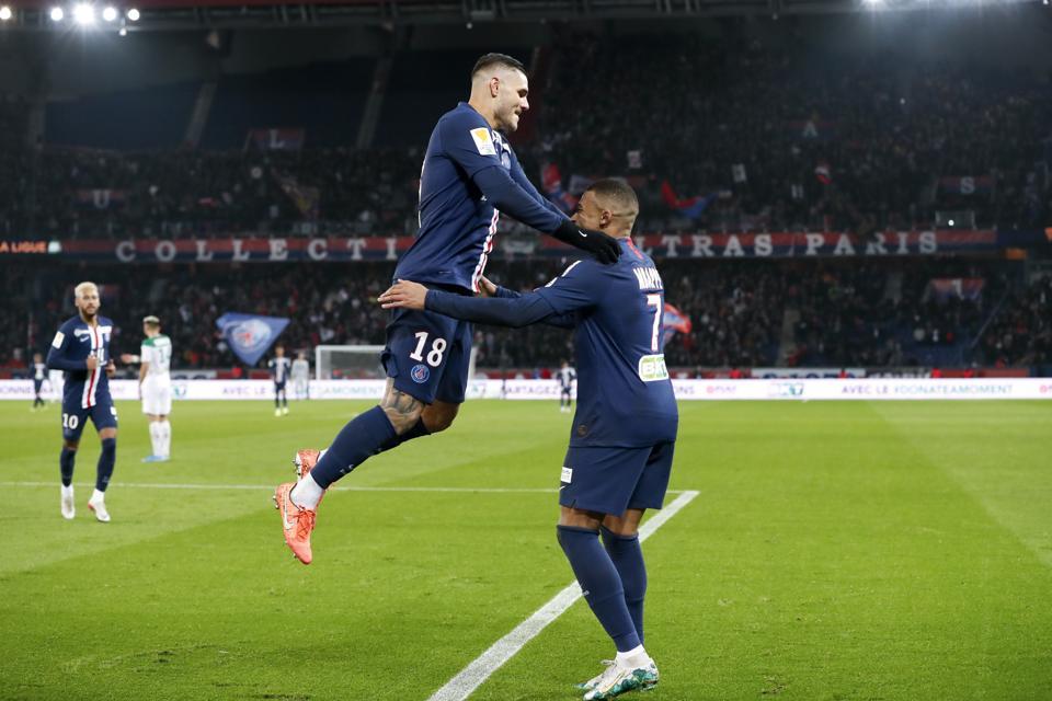 Paris Saint-Germain v Saint-Etienne ASSE - Ligue Cup