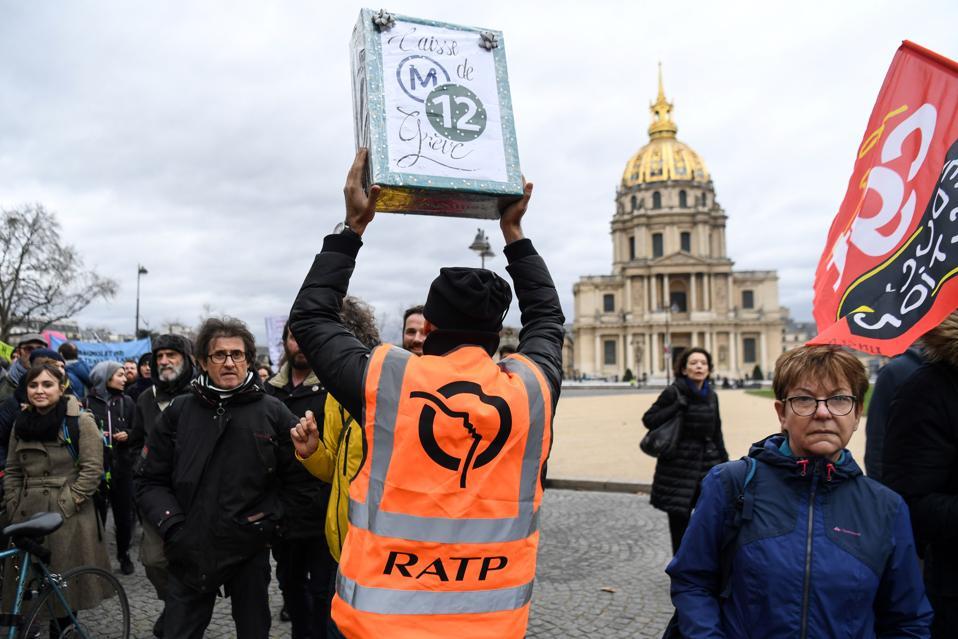 FRANCE-POLITICS-SOCIAL-PENSIONS-STRIKE-DEMO