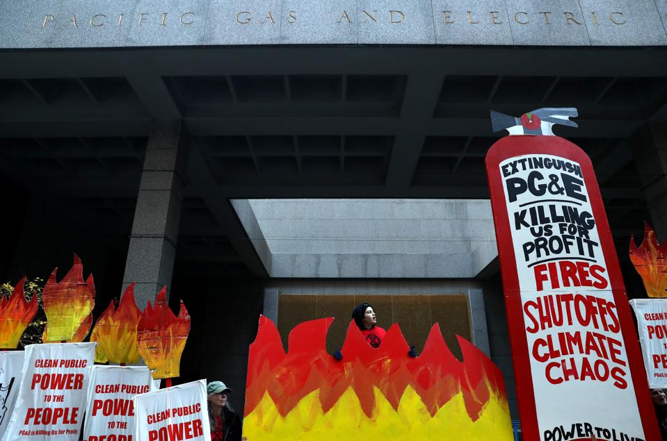 ″Reclaim Our Power″ Rally Held Outside PG&E Headquarters In San Francisco