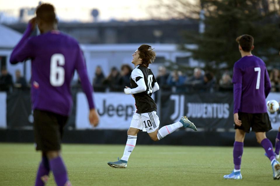 Juventus U19 v ACF Fiorentina U19 - Primavera 1