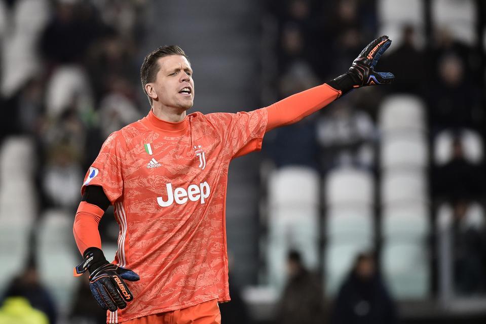 Wojciech Szczesny Juventus Goalkeeper Labels Defeat To Hellas Verona Embarrassing