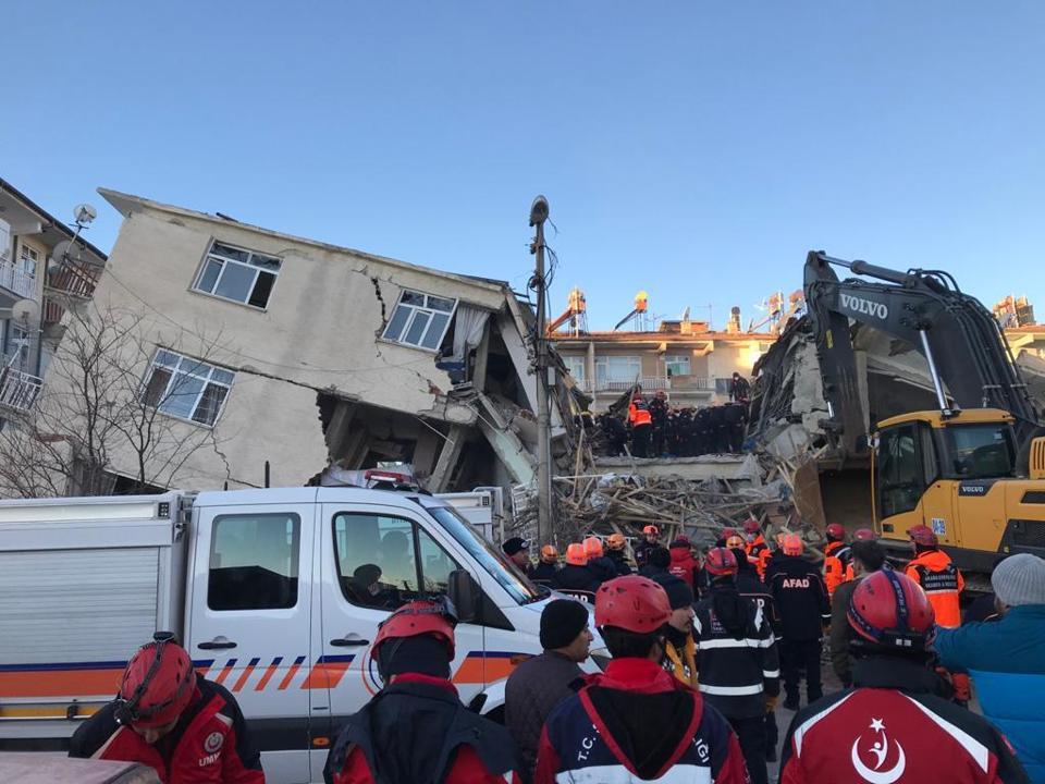 6.8-magnitude jolts eastern Turkey