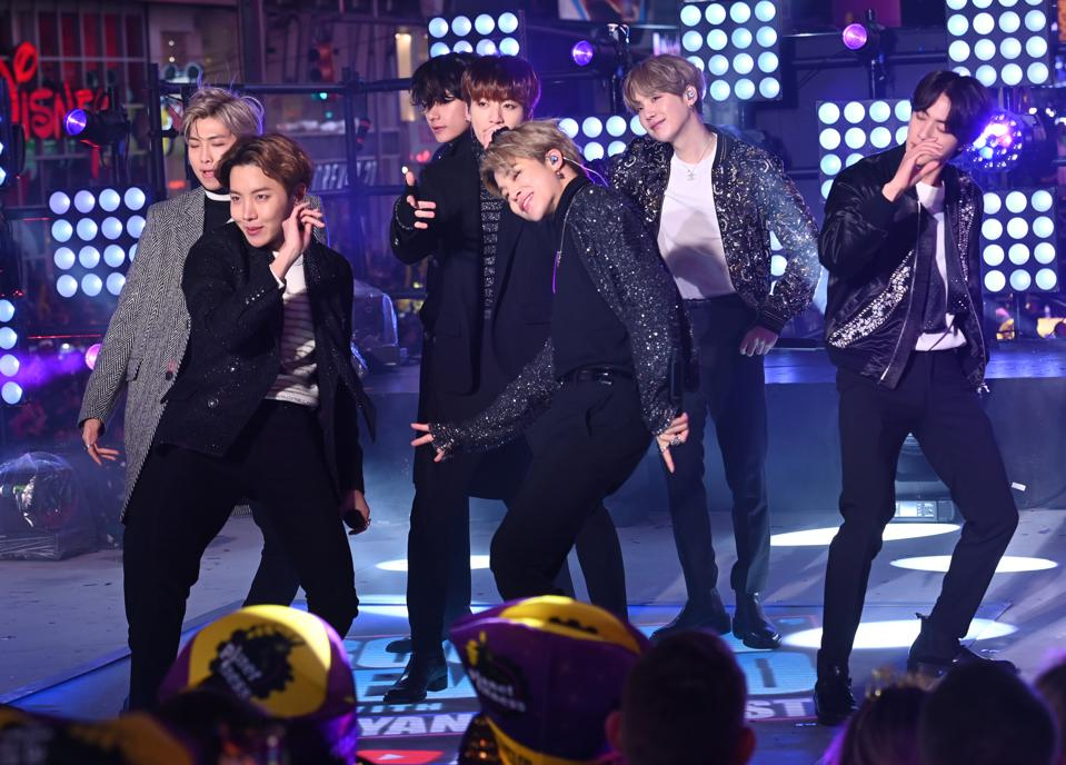 BTS Tonight Show Jimmy Fallon Map of the Soul 7