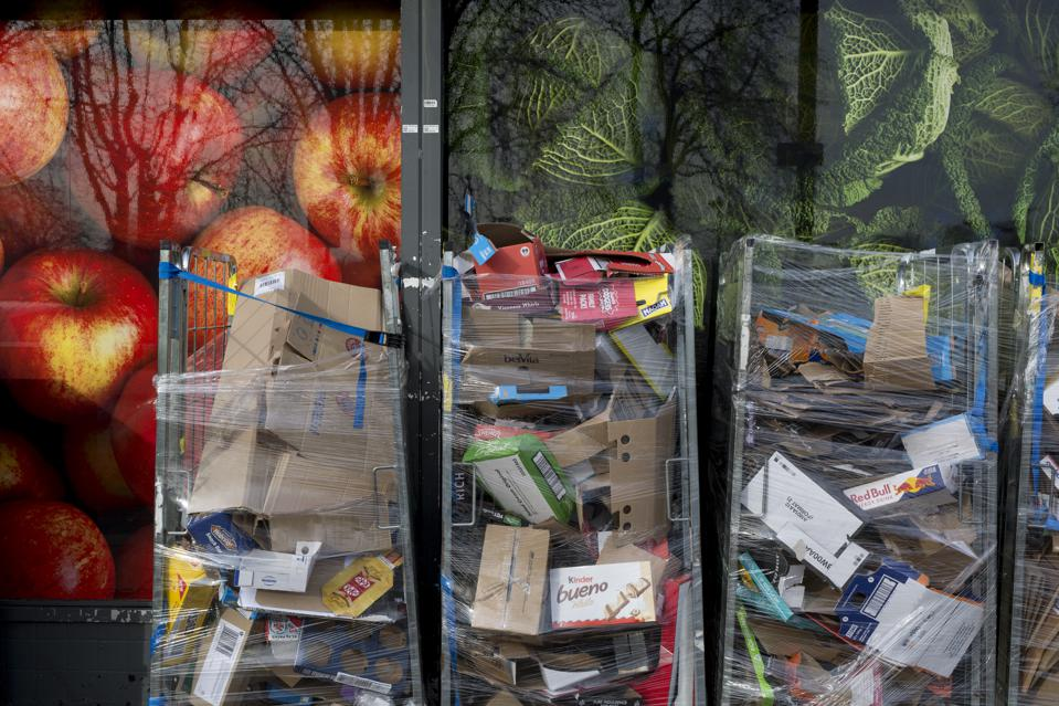 Fight food waste to get more out of groceries during pandemic, and fight climate change.