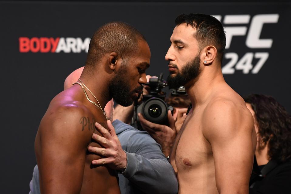 Jone Jones vs. Dominick Reyes - UFC 247: Weigh-Ins