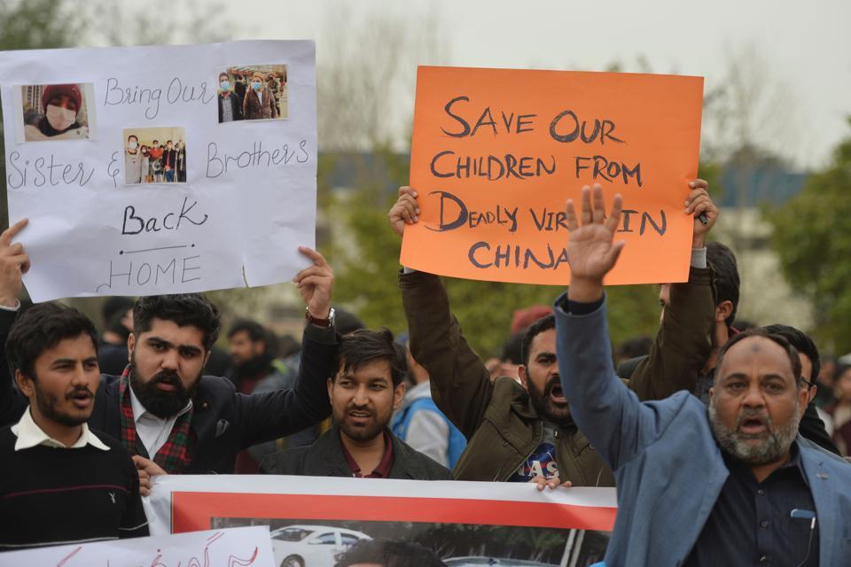 PAKISTAN-CHINA-HEALTH-VIRUS