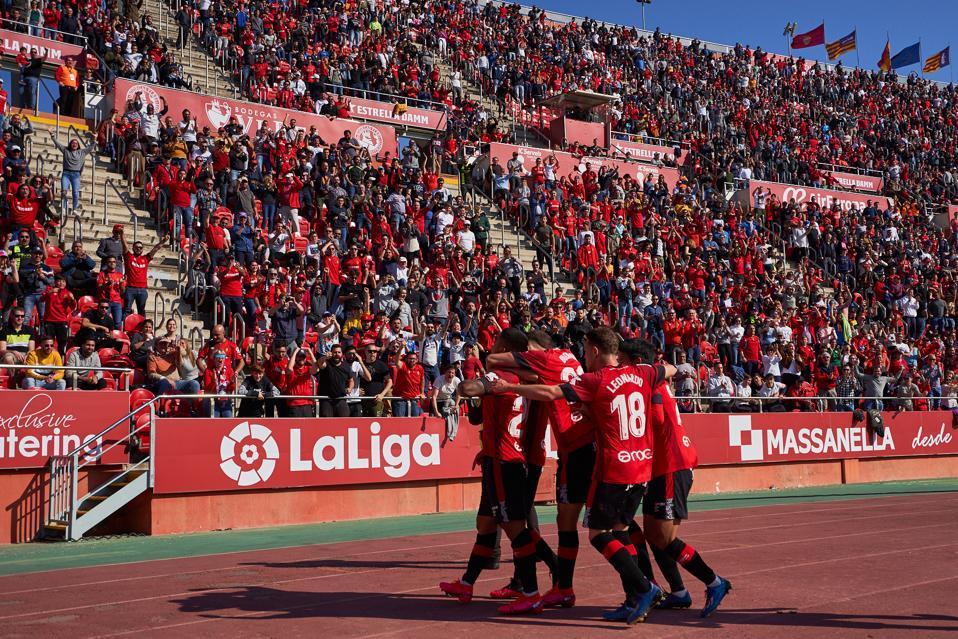 RCD Mallorca v Deportivo Alaves  - La Liga