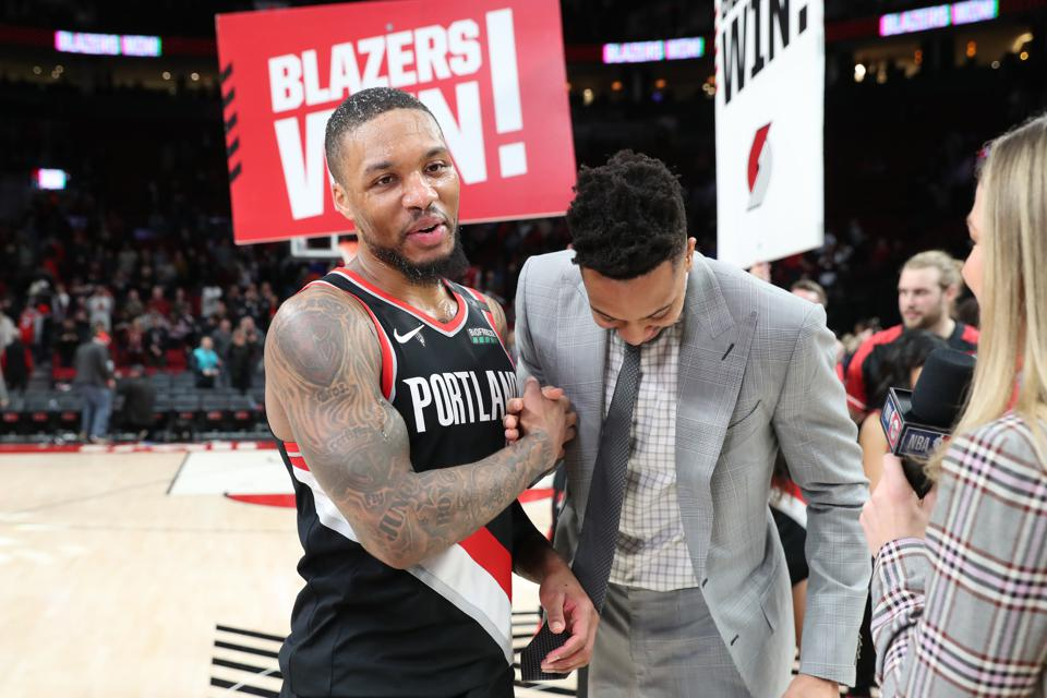 Damian Lillard Gives Trail Blazers Fans A Magical Lift With A 61-Point Effort