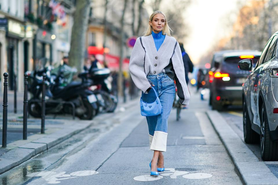 Street Style - Paris Fashion Week - Haute Couture Spring/Summer 2020 : Day Tree