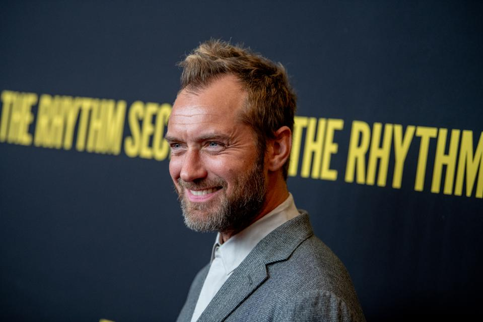 Jude Law And Taika Waititi Team Up For New Showtime Horror-Comedy 'The Auteur'