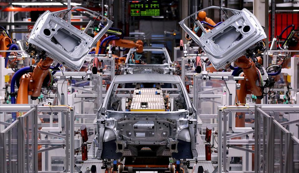Volkswagen, automotive manufacturing, factories, robots, automation