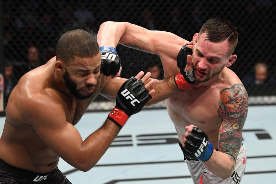 Trevin Giles and James Krause took home ″Fight of the Night″ at UFC 247.