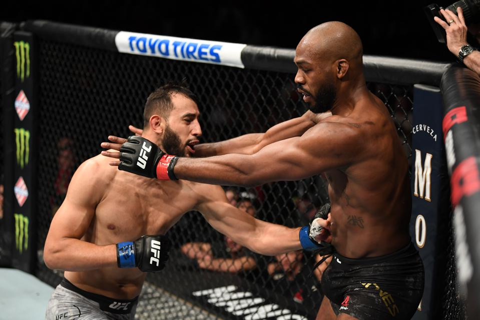 UFC 247 'Fight Motion' Video: Watch Slow-Motion Highlights From Jones Vs. Reyes Fight Card