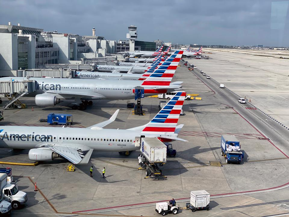 US-AMERICAN-airlines-coronavirus-airfare-deals-and-flight-change-waivers