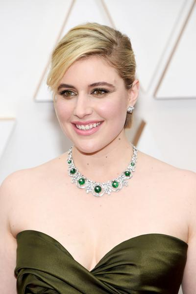 The 2020 Oscar Jewelry Echos Old Hollywood Glamor