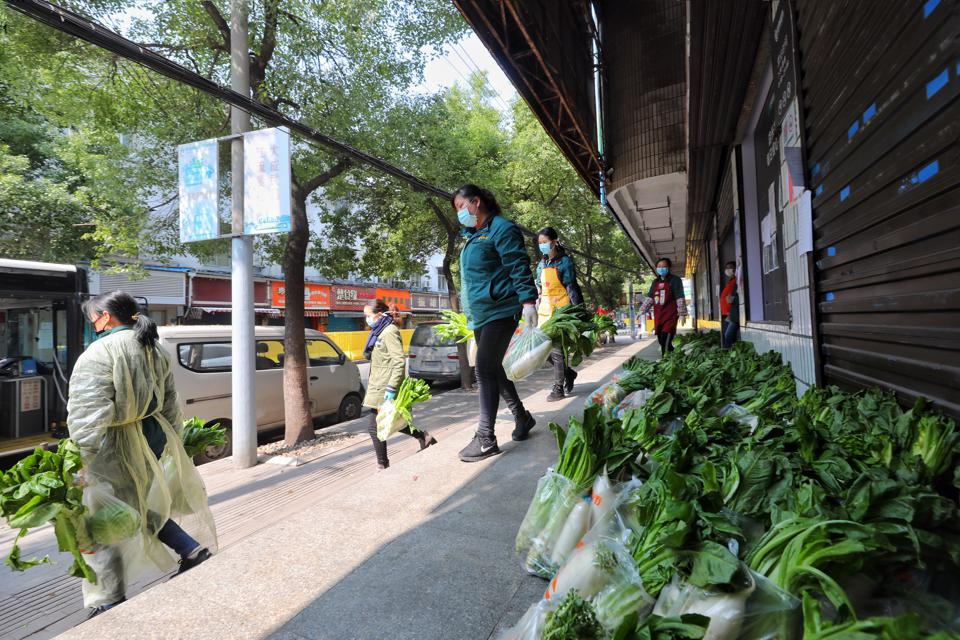 CHINA WUHAN DAILY SUPPLY TO RESIDENTS