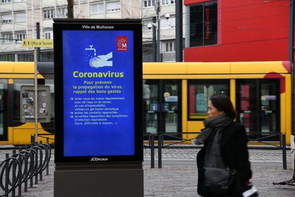 FRANCE-HEALTH-CORONAVIRUS-EPIDEMIC FEARS