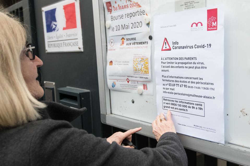 FRANCE-HEALTH-Coranuvirus-Epidemic-Fears-Schools-Closed