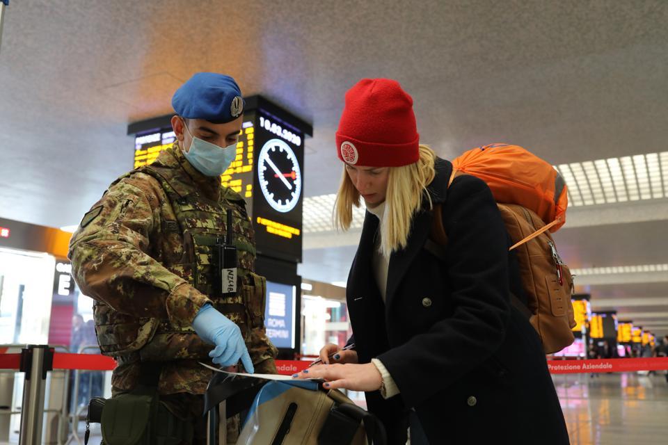 Italy Extends Emergency coronavirus quarantime Nationwide travel restricted