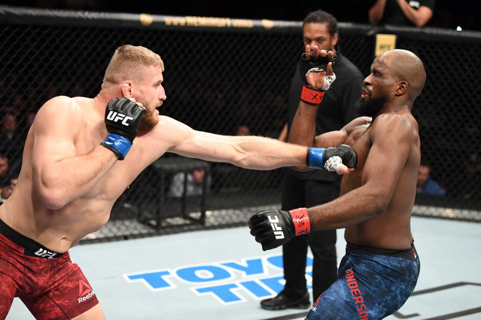 Jan Blachowicz knocked out Corey Anderson at last night's UFC Fight Night 167