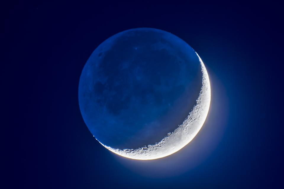 The 4-day-old waxing crescent Moon on April 8, 2019 displaying ″Earthshine.″ (Photo by: Alan Dyer/VWPics/Universal Images Group via Getty Images)