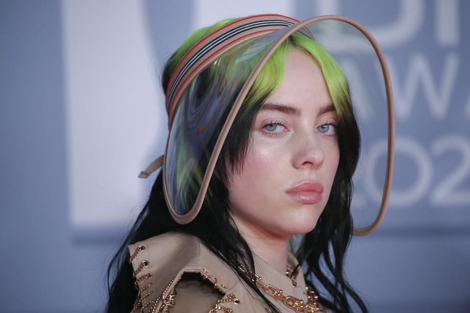 Billie Eilish Debuts Her Bond Theme Song 'No Time To Die' At No. 1 In The U.K.