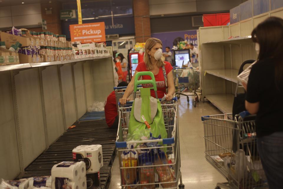 Chileans rush to supermarkets following coronavirus outbreak