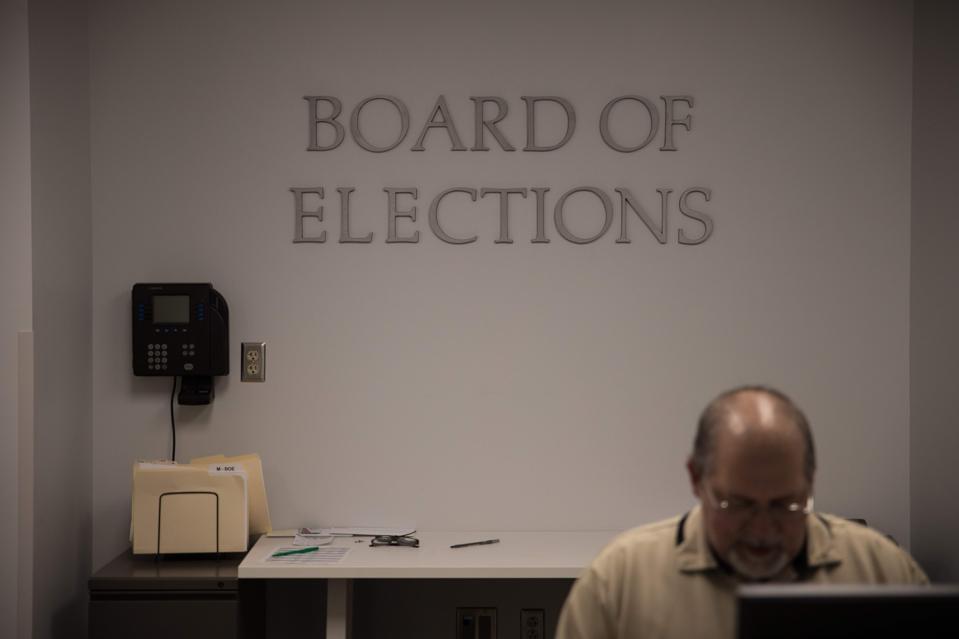 US-POLITICS-VOTE-DEMOCRATS-OHIO-HEALTH-VIRUS
