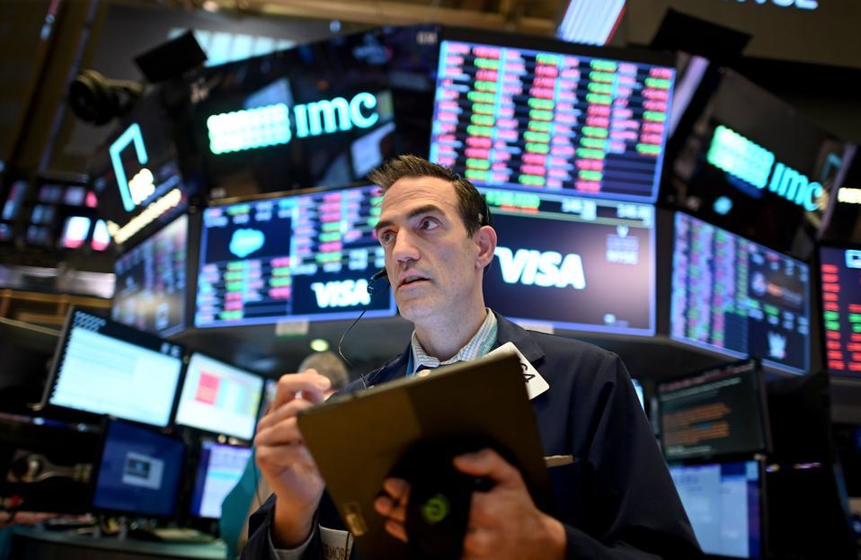 TOPSHOT-US-STOCKS-MARKETS-CLOSING-BELL