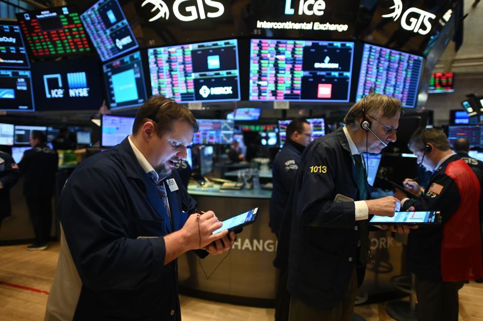 US-STOCKS-MARKETS-OPENING-BELL