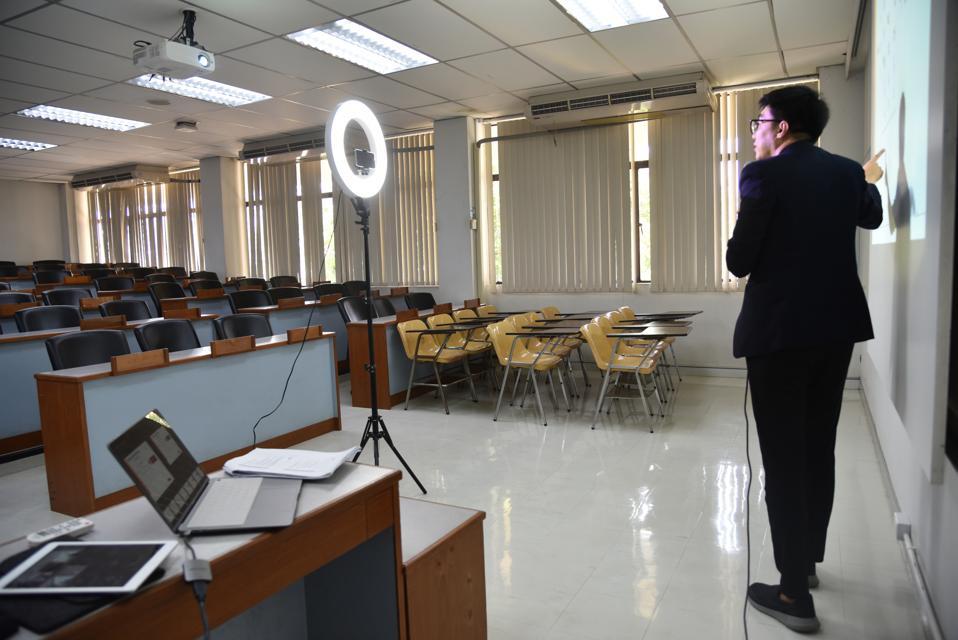 Thai professor teaches online class to help prevent the spread of coronavirus.