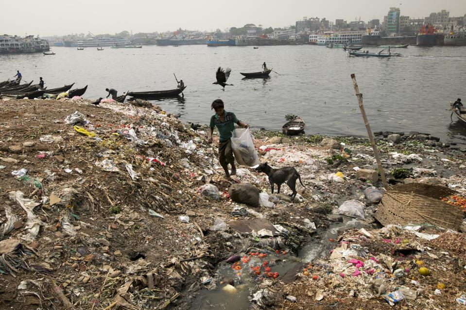 The heavily polluted Buriganga River in Dhaka, Bangladesh, in March this year.