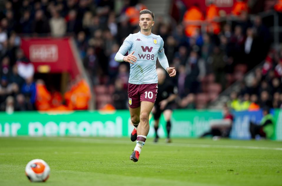 Southampton FC v Aston Villa - Premier League