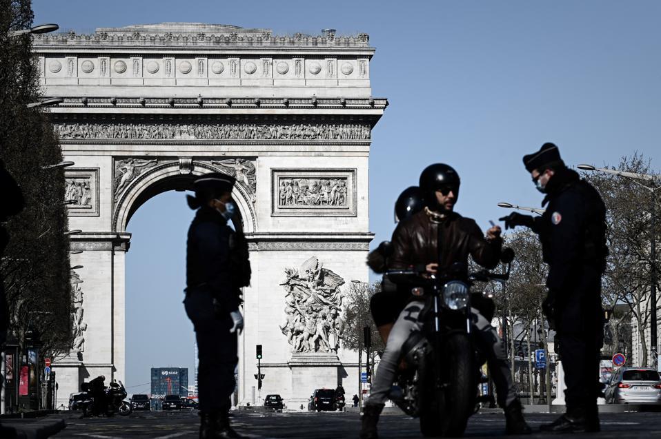 FRANCE-HEALTH-Paris-coronavirus-lockdown-measures