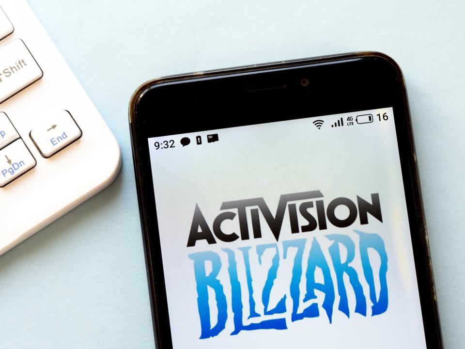 Sur cette illustration photo, un logo Activision Blizzard vu ...
