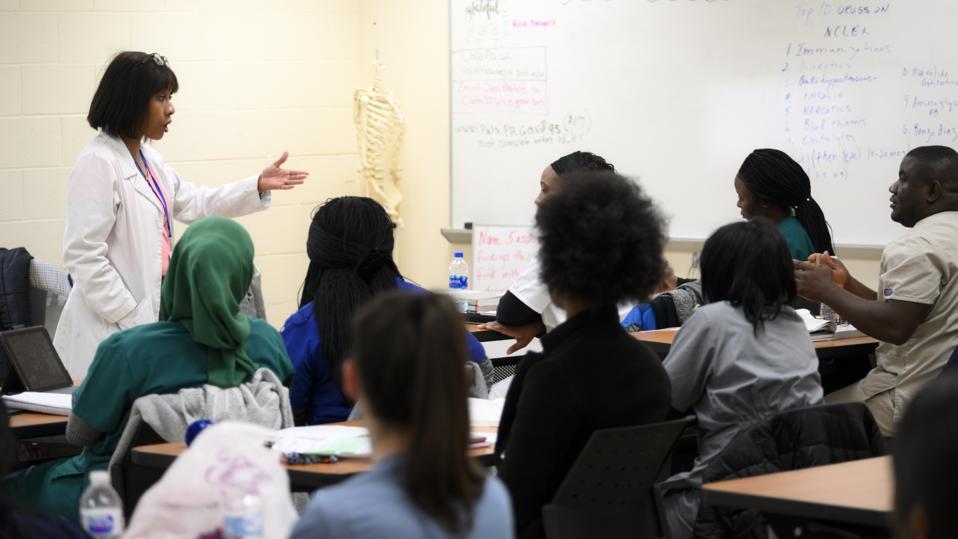 Fast-track Licensed Nurse Practitioner Education Program