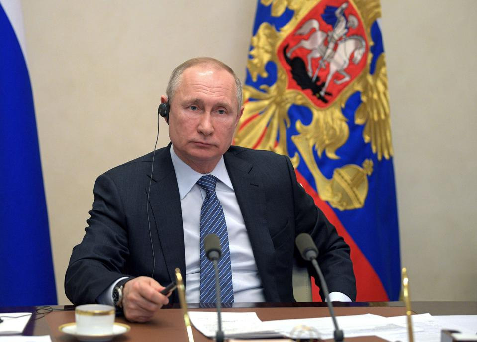 RUSSIA-HEALTH-VIRUS-POLITICS-G20