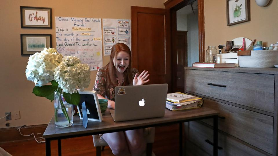 Teacher Converts Apartment into Classroom for Video Chats With Students